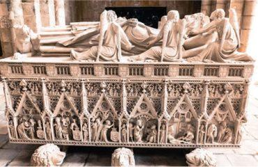 Tumulo Mosteiro de Alcobaça