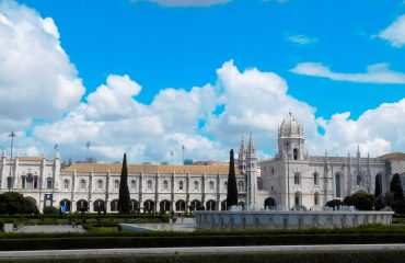 Mosteiro dos Jerónimos Sightseeing Tours in the Center of Portugal - Turismo de Portugal - Gowestours  - Go West Tours