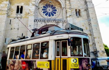 Lisboa Sightseeing Tours in the Center of Portugal - Turismo de Portugal - Gowestours  - Go West Tours