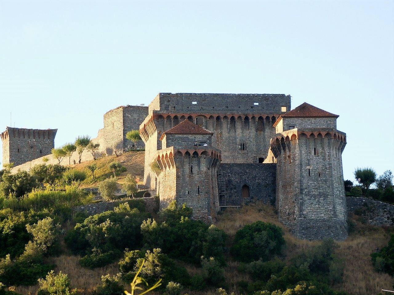 Sightseeing Visit Portugal - Ourém Templar